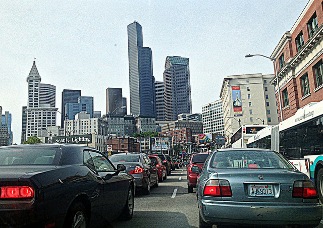 Bumper to bumper traffic heading into downtown Seattle