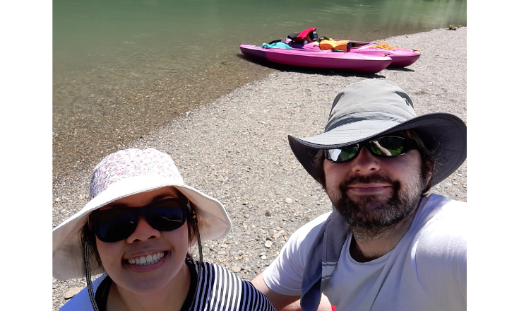 Our happy selfie with our pink kayaks